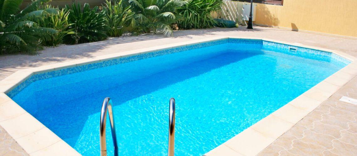 70893-como-definir-o-melhor-revestimento-para-piscina-veja-nossas-dicas